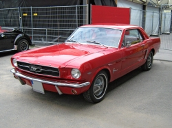 Ford Mustang 2D-1965 года фото